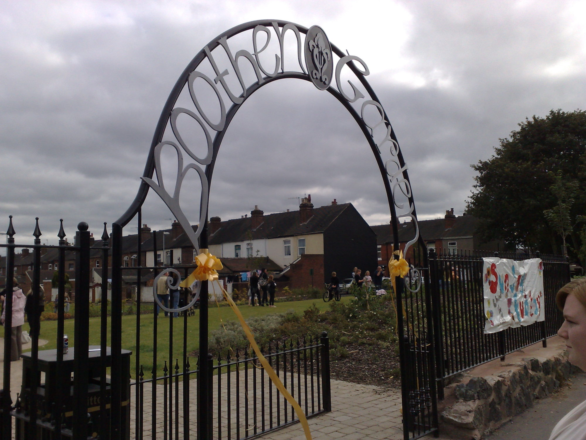 galvanized and polyester powder coated mild steel decorative arch which are compliant to BS 1722 Part 9.