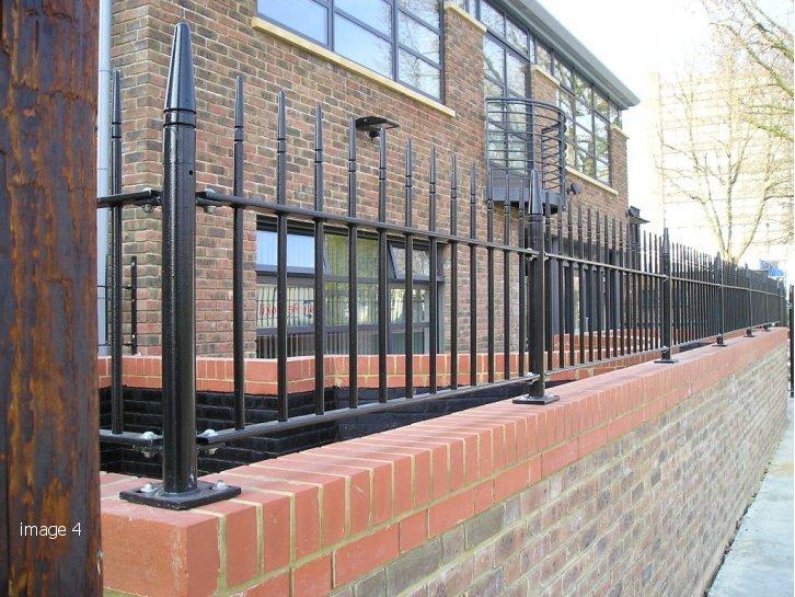 Ettrick Street Albany style vertical bar railings