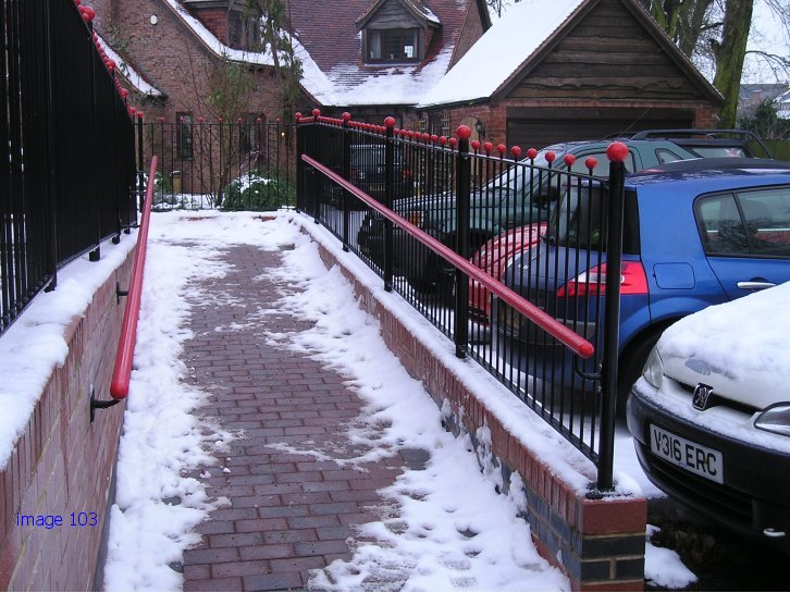 Bespoke vertical bar railings with handrail