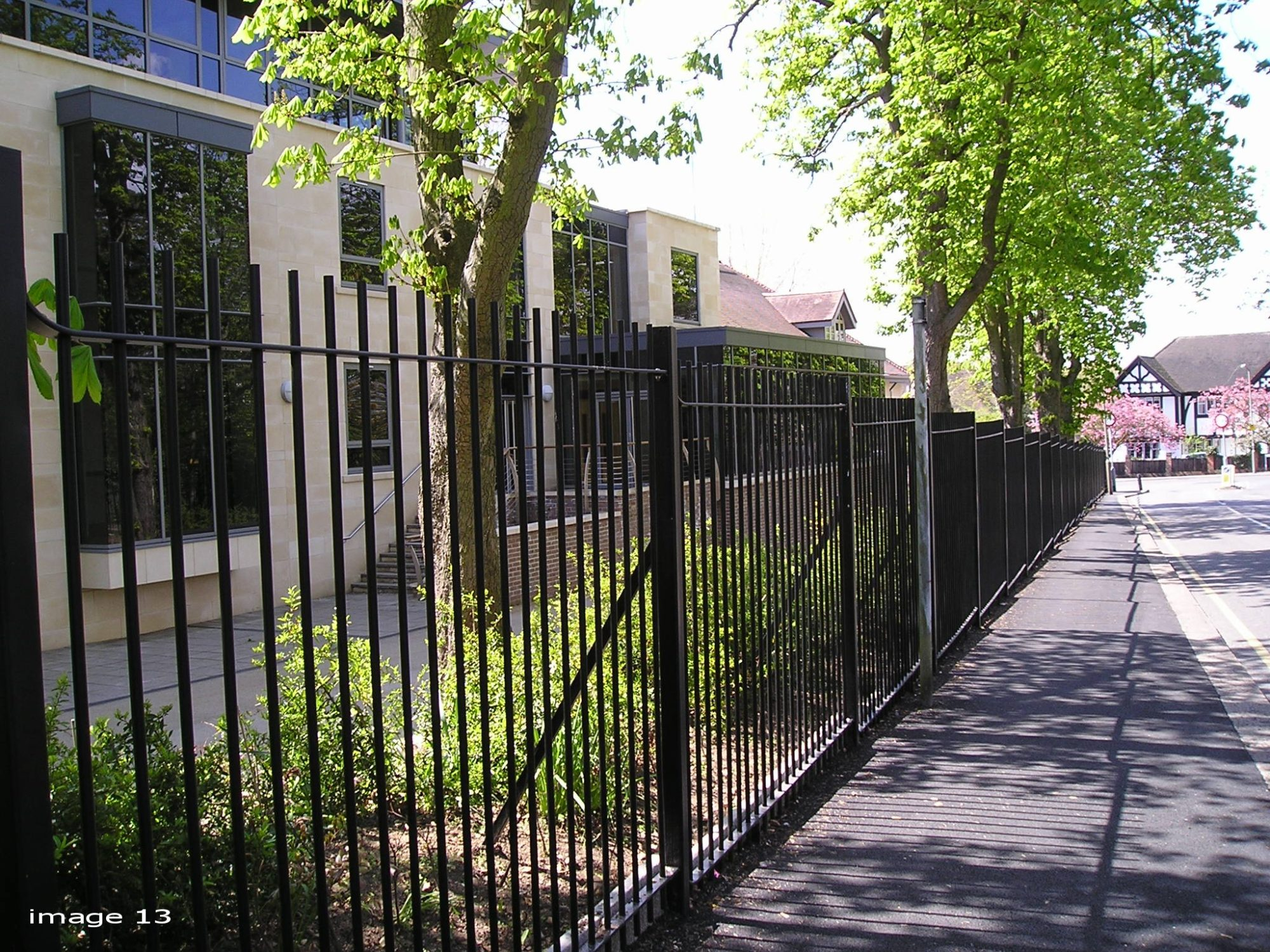 Vertical Steel Railings For Parks Schools And Housing