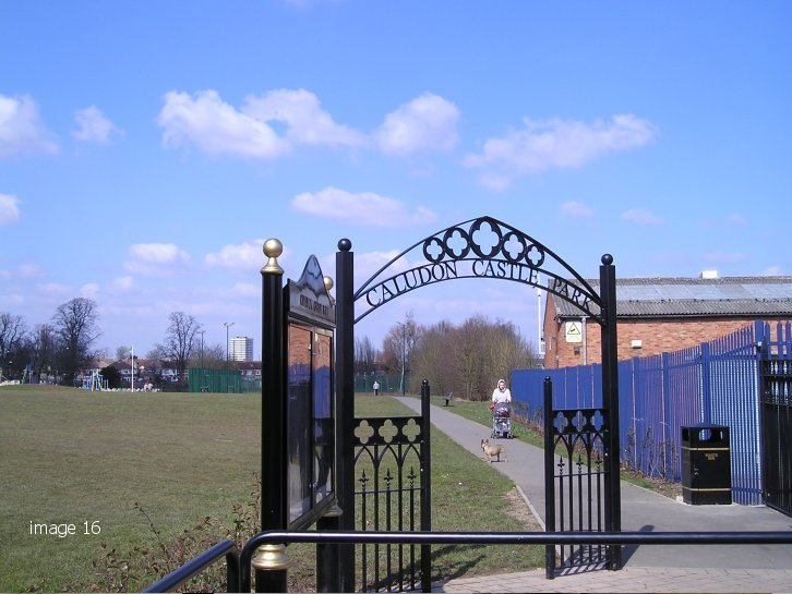 mild steel galvanized and powder coated decorative archway with letters to caludon castle park