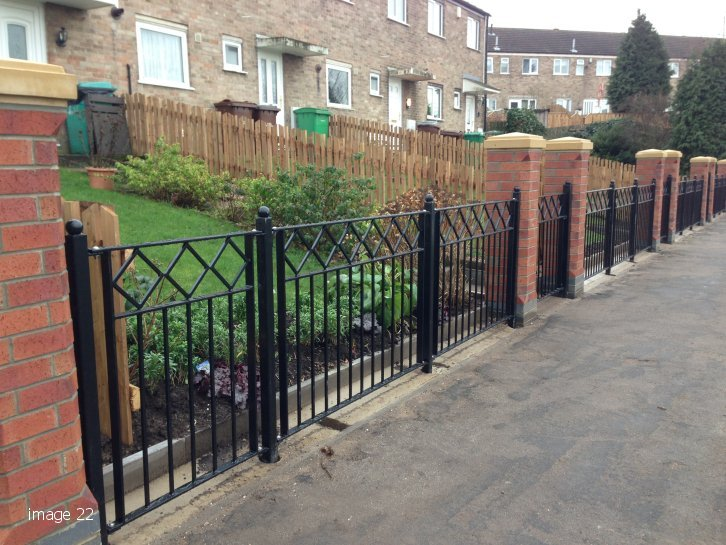 Decorative flat top railings with diamond detail