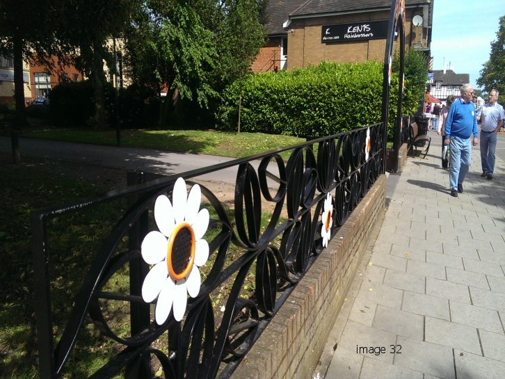 mild steel galvanized and powder coated decorative railings with laser profiled flowers
