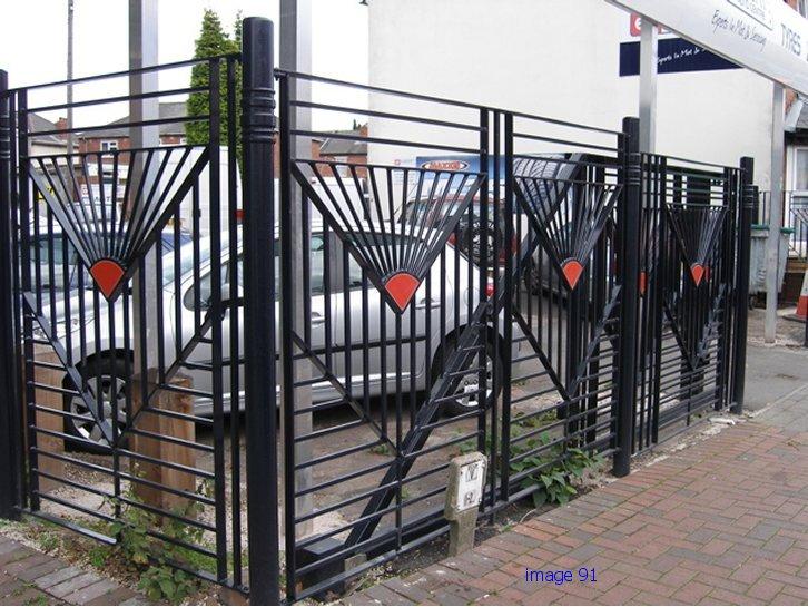 Bespoke flat top metal railings