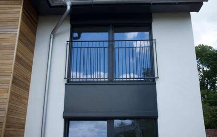 Steel juliet balcony the portland from alpha rail for Modern french balcony
