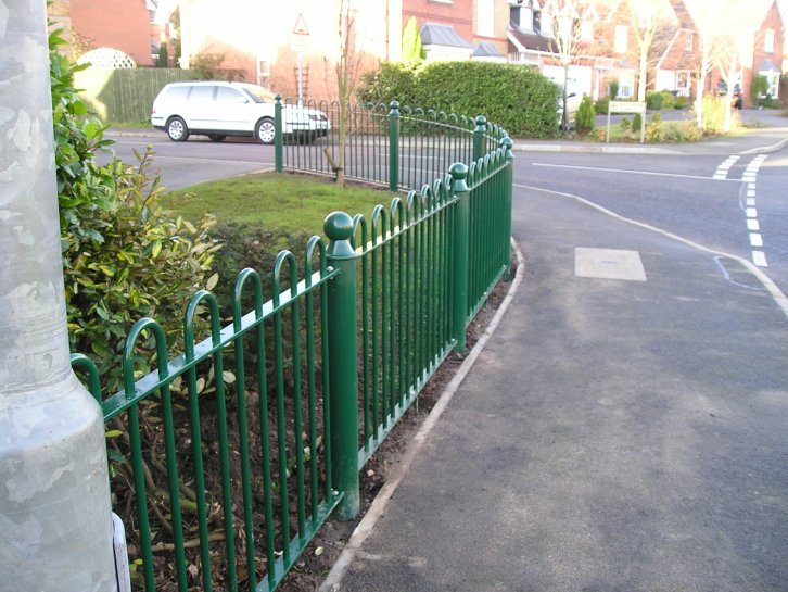 bow top railings with ball top post