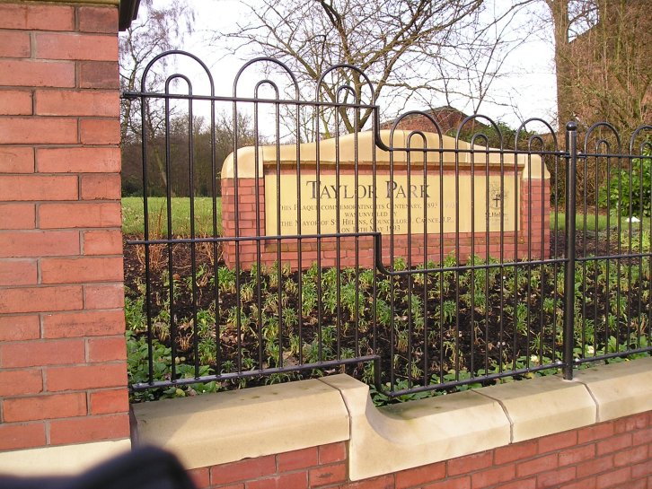 galv and powder coated bow in bow top railings