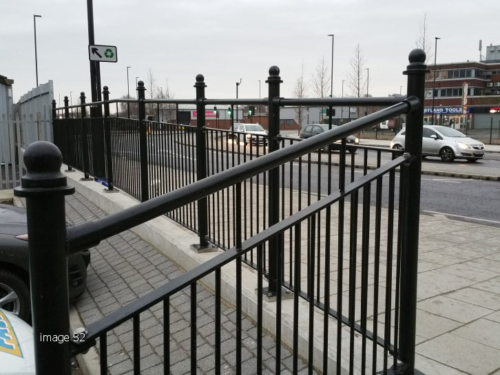 galvanized powder coated mild steel decorative Pedestrian Guardrail