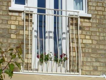 Bow fronted Rufford design juliette balcony