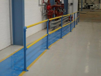 Galvanized and polyester powder coated mild steel tubular double handrail factory walkway barrier