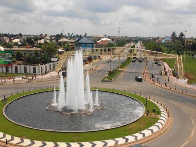 Pedestrian guardrail in Nigeria