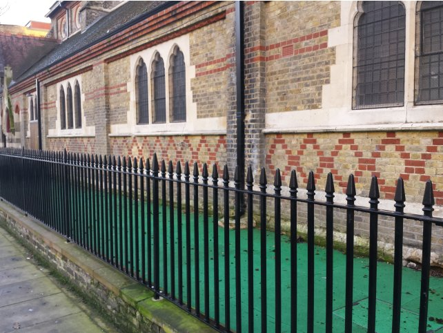 Mild steel galvanised and powder coated Kennington style railings