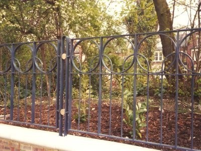 Raleigh Gardens bespoke railings