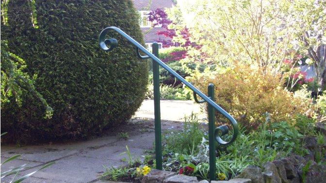 bespoke-handrail-residential-access