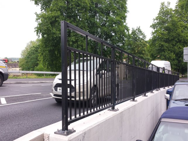 galvanized and powder coated Pedestrian parapet