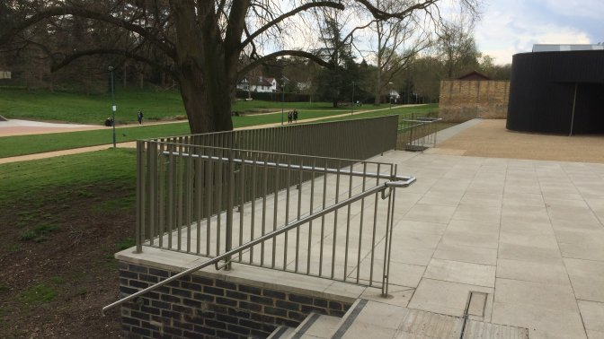 galvanized and powder coated mild steel flat top railings and stainles steel handrails