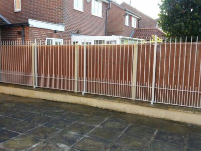 galvanized and powder coated mild steel 'albany' style verical bar railings