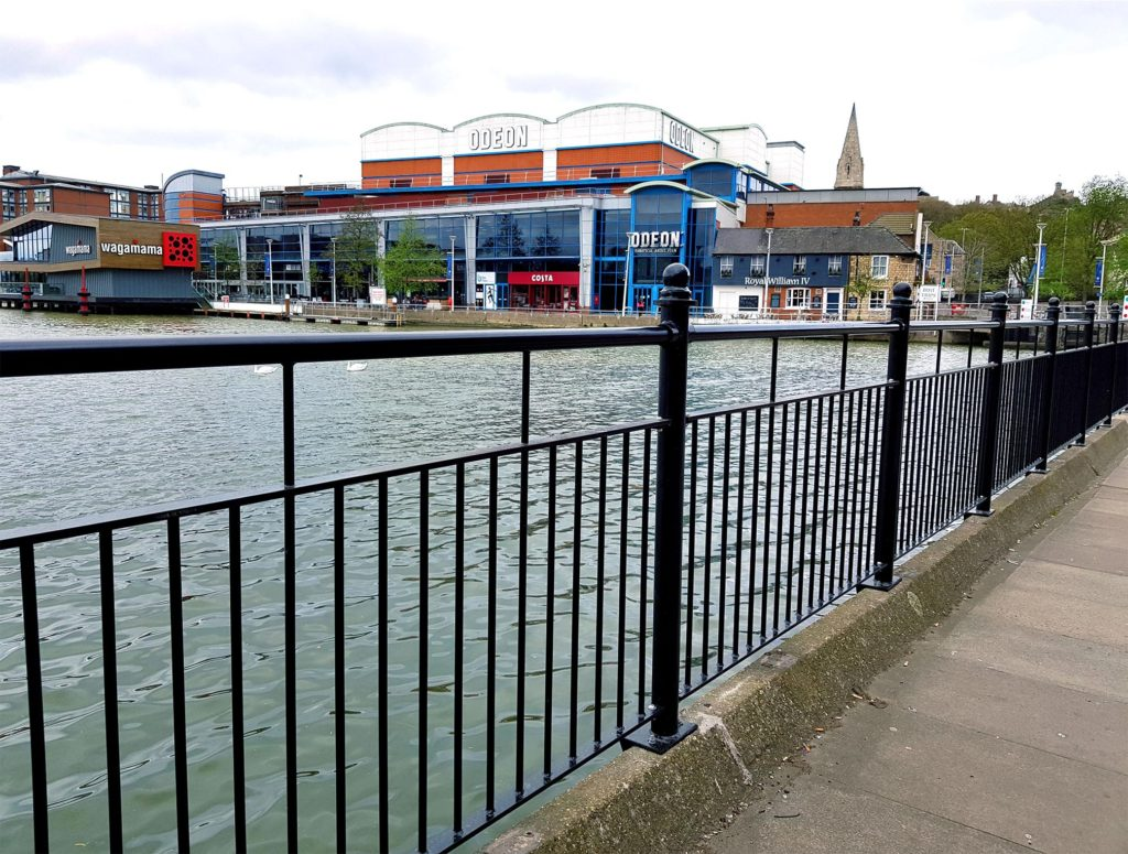 Parapet installed at Brayford Wharf to prevent people from falling in the water