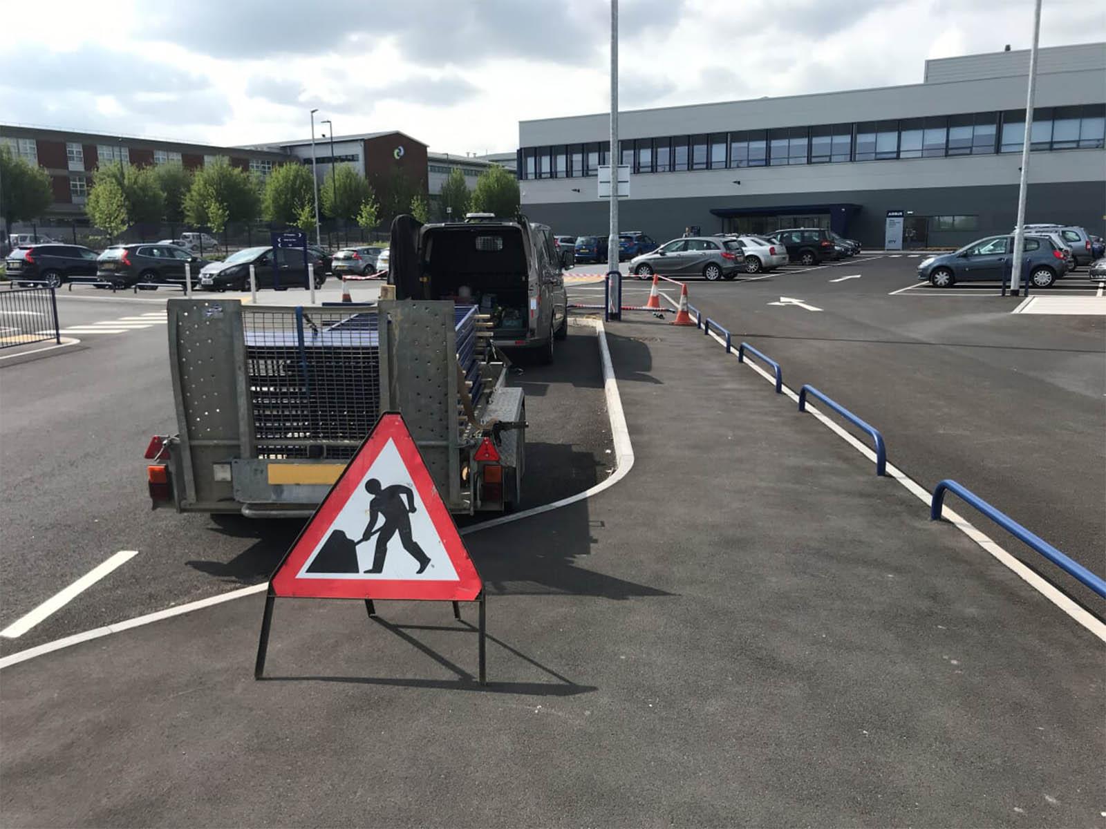 Pedestrian guardrail airbus