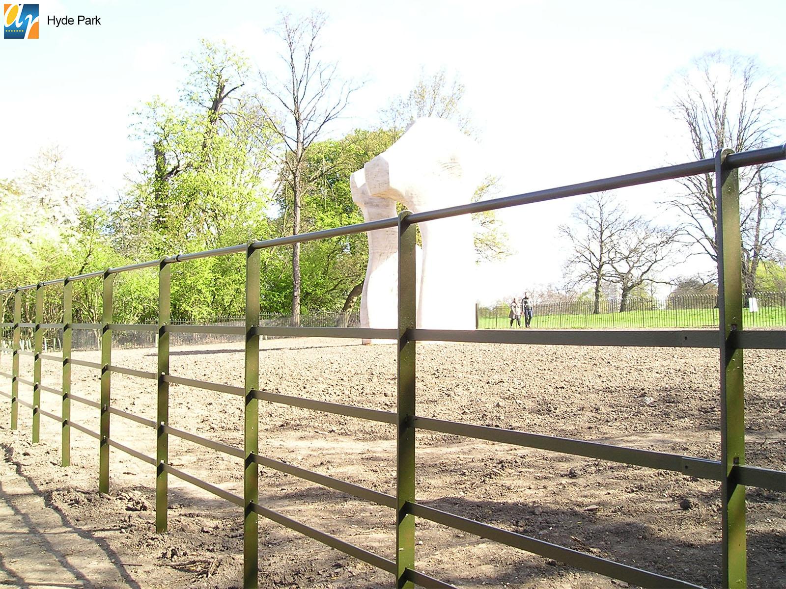 Hyde Park Estate Rail