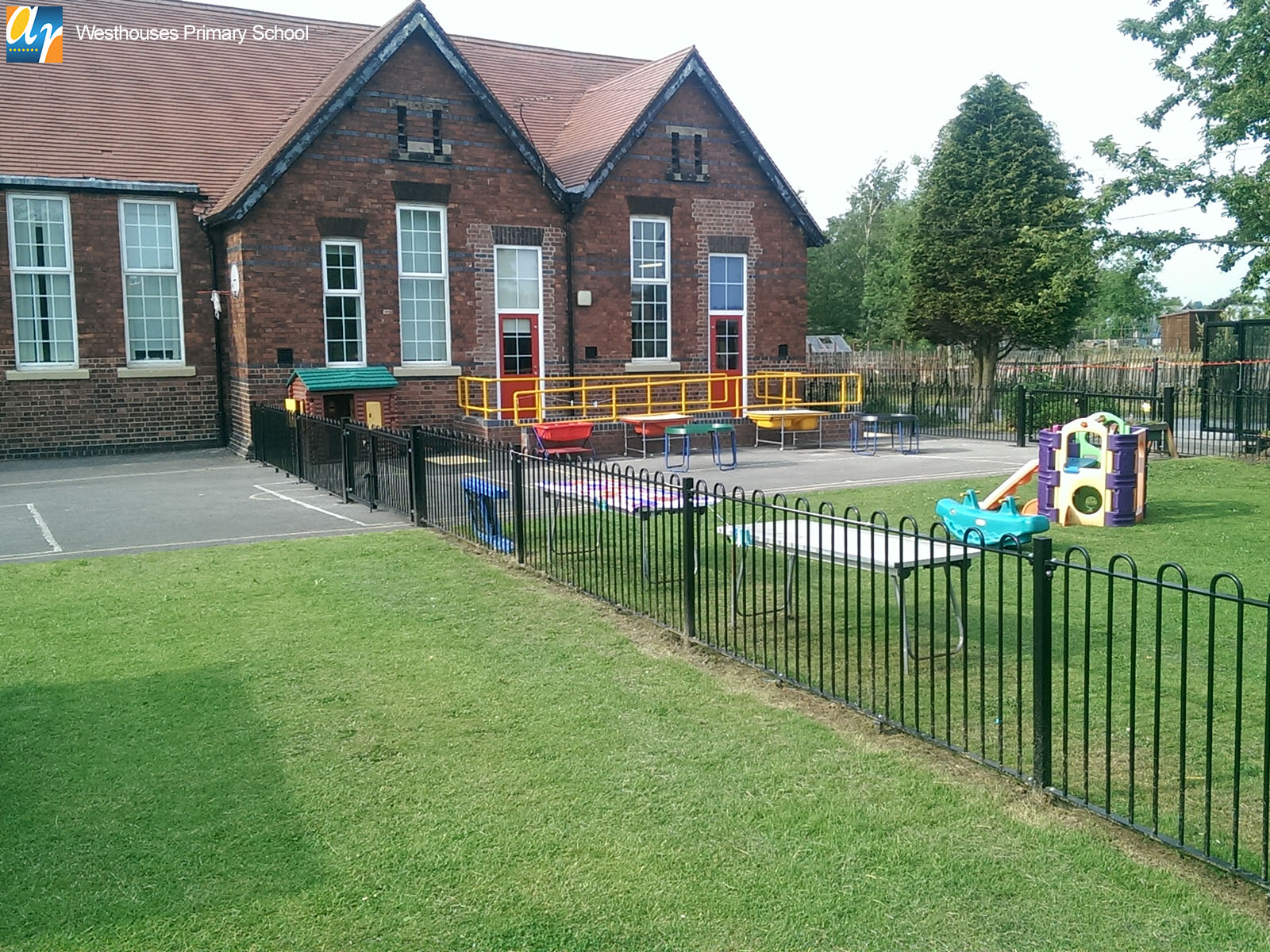 Westhouses Primary School Playspec bow top railings
