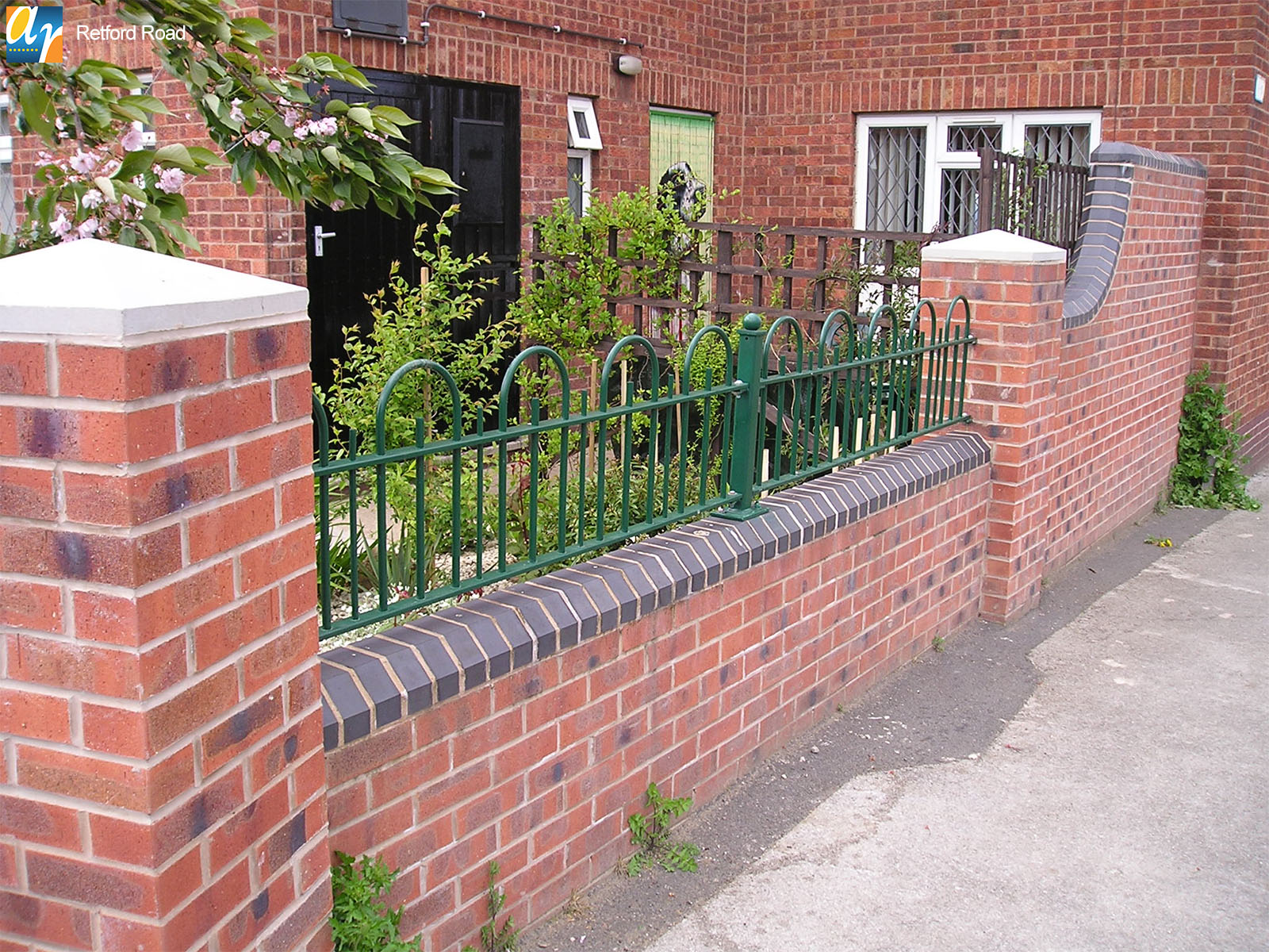 Retford Road Ravenshead bow top railings
