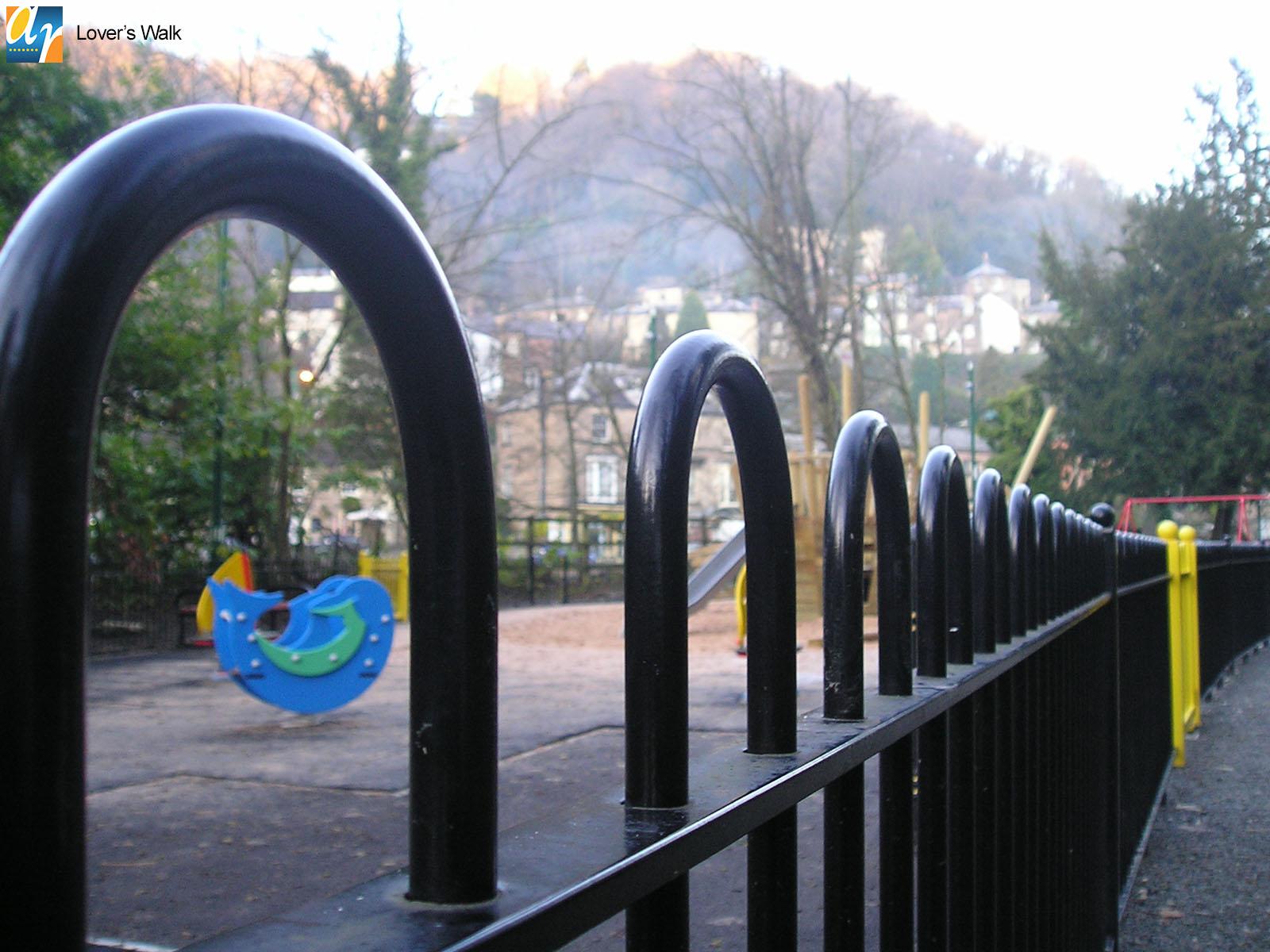 Lovers Walk standard bow top railings