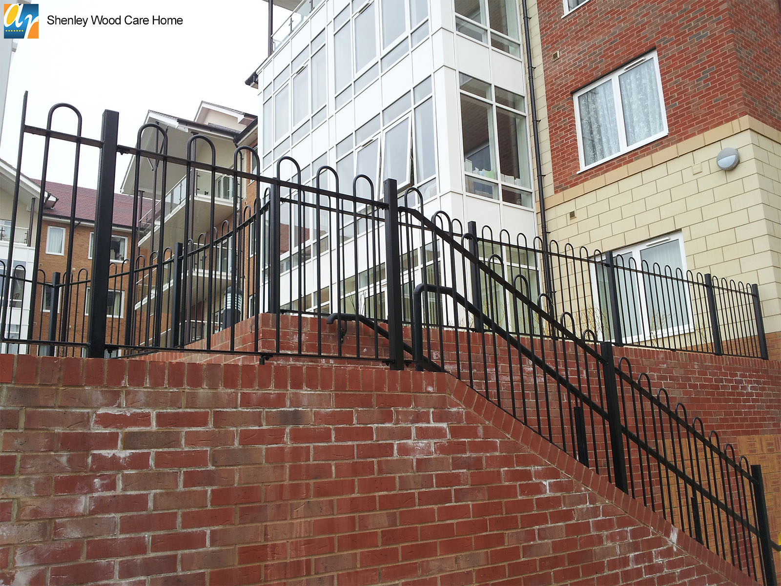 Shenley Wood Care Home standard bow top railings