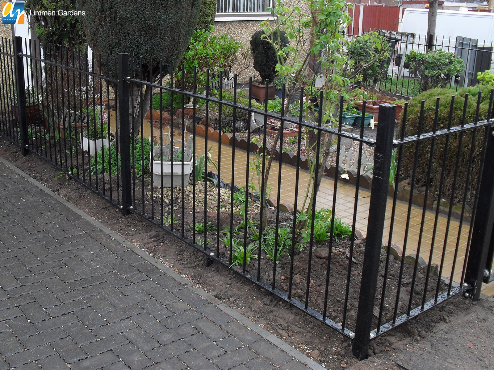 standard vertical bar railings